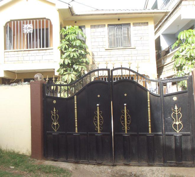 House In Mamboleo
