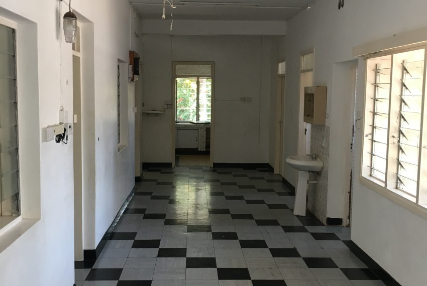 Corridor to the kitchen